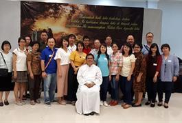 Berjalan Bersama Yesus.... Misa Pembukaan Kursus Emaus Journey