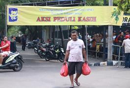 Aksi Peduli Kasih SPSE Menjelang Lebaran