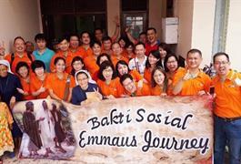 Berbagi Kasih Melangkah Bersama Emaus Journey